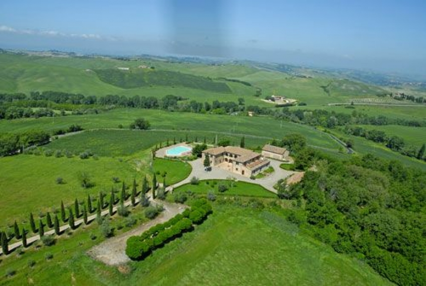 Trequanda Italy  city photo : Luxury villa with pool in Siena