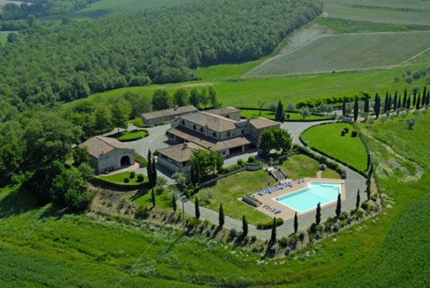 Trequanda Italy  city images : Luxury villa with pool in Siena